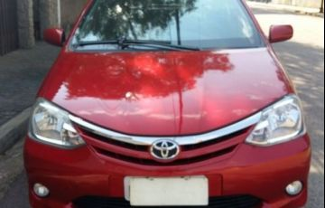 Toyota Etios XLS-MT 1.5 16V Flex - Foto #4