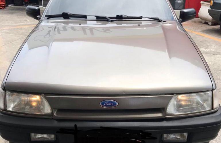 Ford Versailles Royale GL 2.0 i - Foto #1