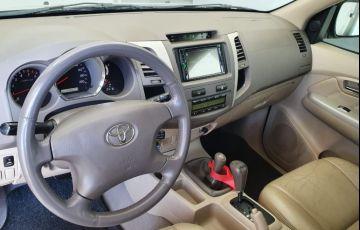 Toyota Hilux SW4 SRV 4x4 3.0 Turbo  (aut) - Foto #8
