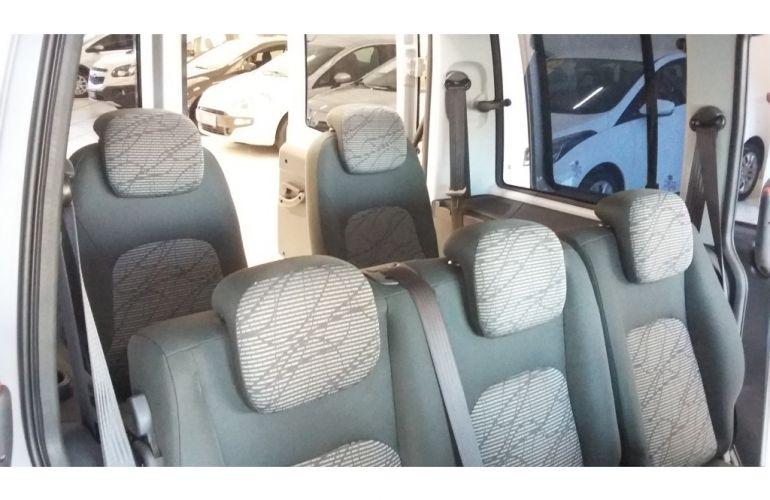 Fiat Doblò Essence 1.8 7L (Flex) - Foto #9