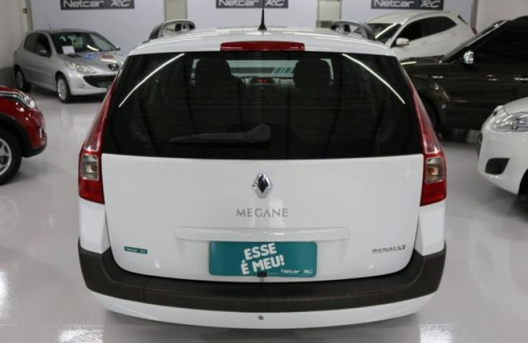 Renault Mégane Grand Tour Dynamique 1.6 16V Hi-Flex - Foto #7