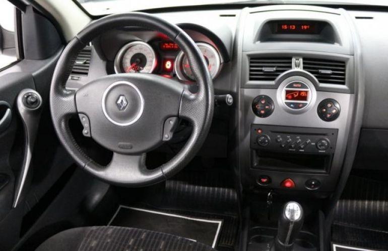 Renault Mégane Grand Tour Dynamique 1.6 16V Hi-Flex - Foto #8