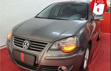 Volkswagen Polo Sedan 1.6 Mi Comfortline 8V Flex 4p Automatizado