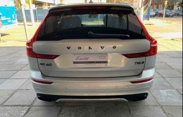 Volvo XC60 R-Design 2.0 T8 - Foto #6