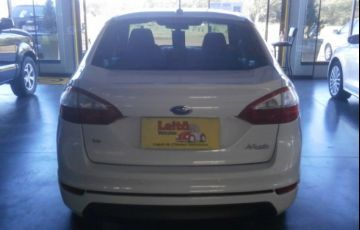 Ford New Fiesta Sedan 1.6 SE (Flex) - Foto #6