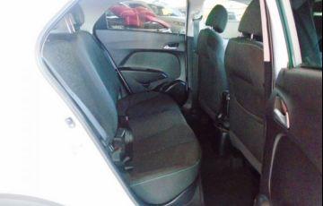 Hyundai HB20X Style 1.6 Gamma Flex 16V - Foto #9