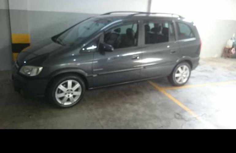 Chevrolet Zafira Elegance 2.0 (Flex) - Foto #2