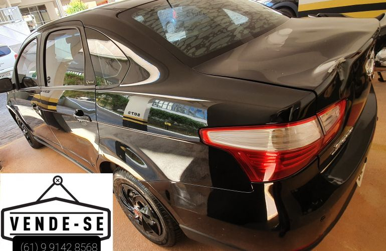 Fiat Grand Siena Attractive 1.4 8V (Flex) - Foto #3