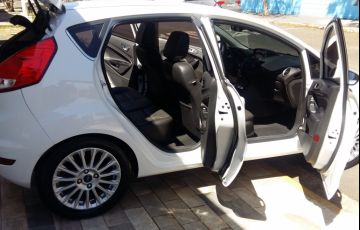Ford New Fiesta SE 1.6 16V PowerShift - Foto #5