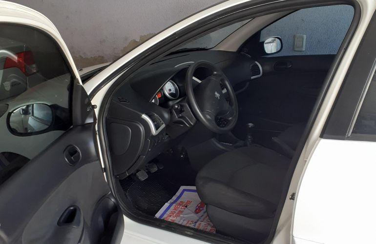 Peugeot 207 Hatch Active 1.4 (Flex) - Foto #1