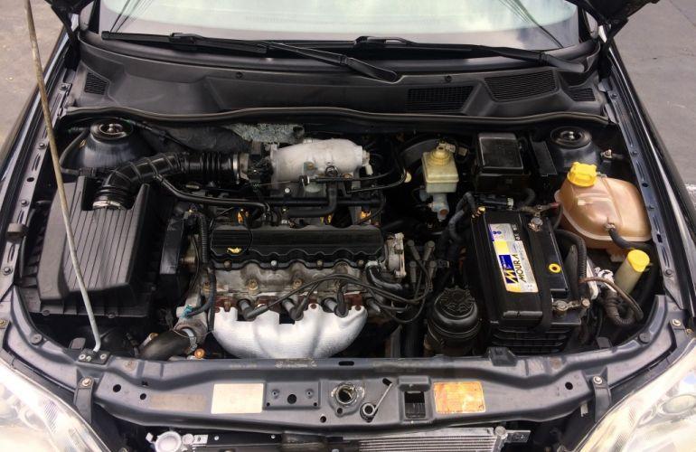 Chevrolet Astra Sedan 2.0 8V - Foto #8