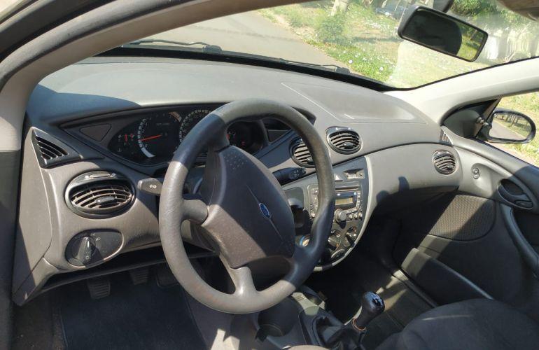 Ford Focus Hatch GLX 1.6 8V (Flex) - Foto #10