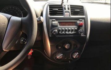 Nissan March 1.6 16V SV CVT (Flex) - Foto #5