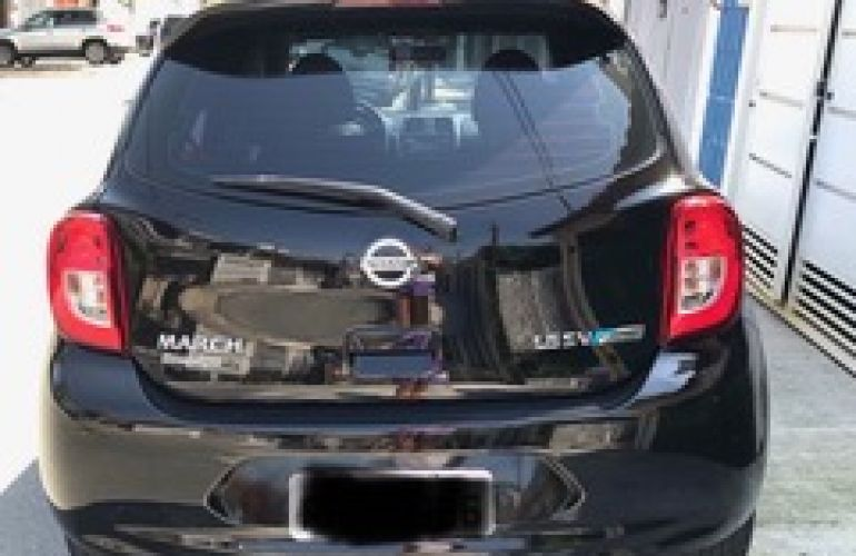 Nissan March 1.6 16V SV CVT (Flex) - Foto #6