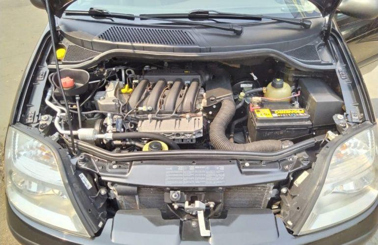 Renault Scénic Expression 1.6 16V (flex) - Foto #7