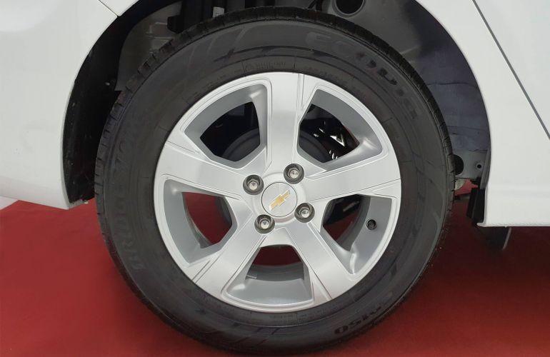 Chevrolet Prisma 1.4 LT SPE/4 (Aut) - Foto #5