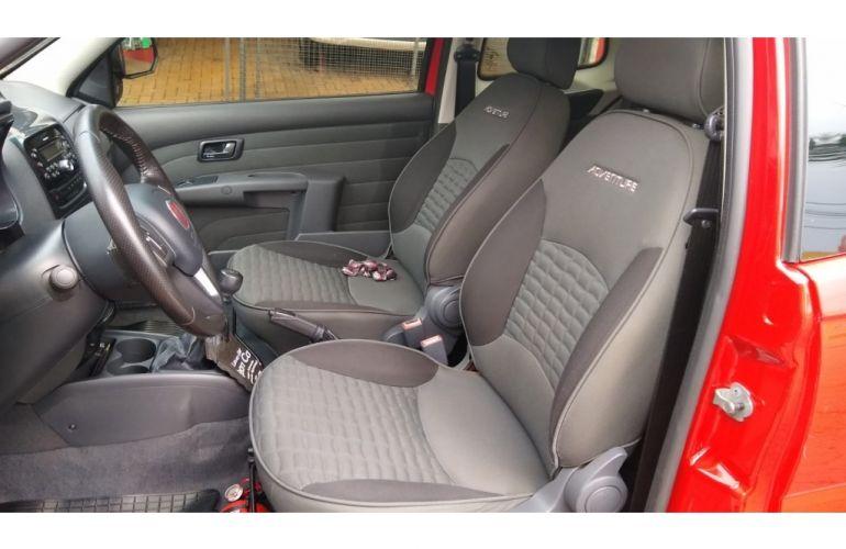 Fiat Strada Adventure 1.8 16V (Cabine Dupla) - Foto #4