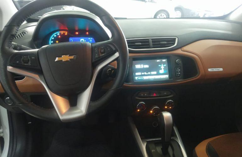 Chevrolet Onix 1.4 Activ SPE/4 (Aut) - Foto #8
