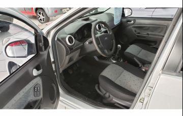 Ford Fiesta Hatch  SE Plus 1.6 RoCam (Flex) - Foto #9