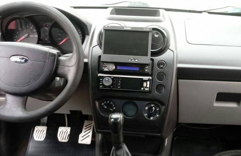 Ford Fiesta Sedan 1.0 (Flex) - Foto #3