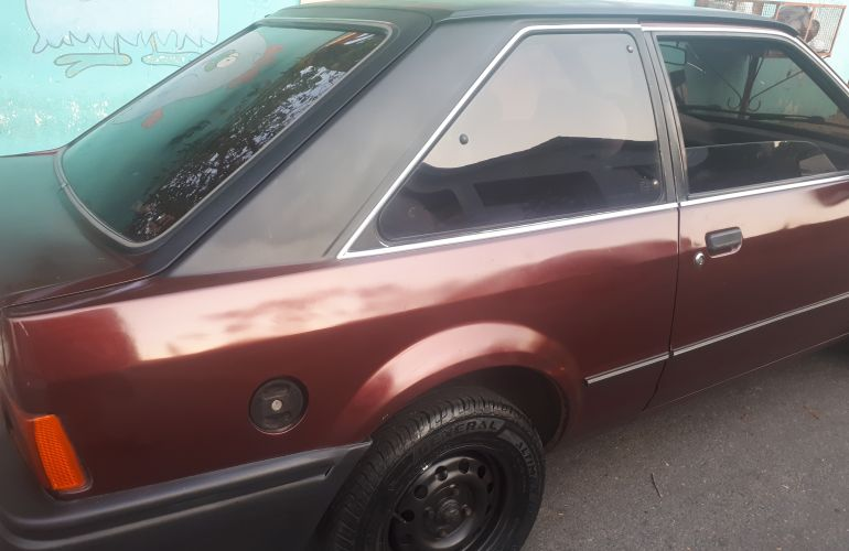 Ford Escort Hatch LX 1.6 - Foto #3