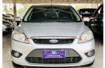 Ford Focus Hatch Ghia 2.0 16V Duratec (Aut)