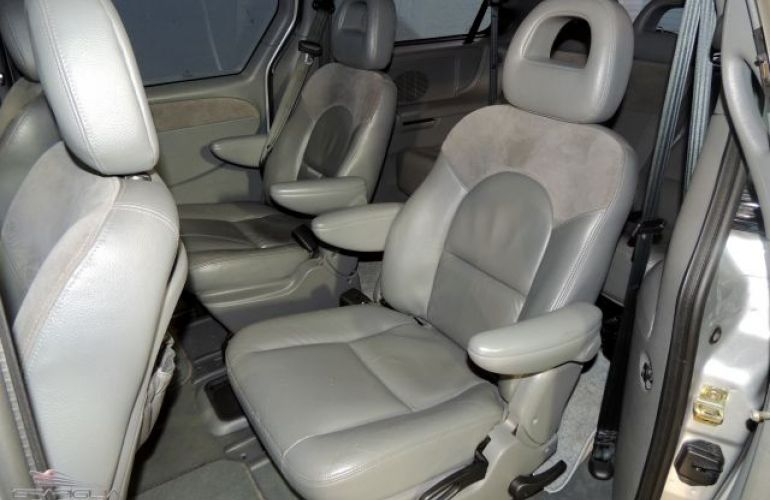 Chrysler Grand Caravan Limited 4X2 3.3 V6 12V - Foto #8