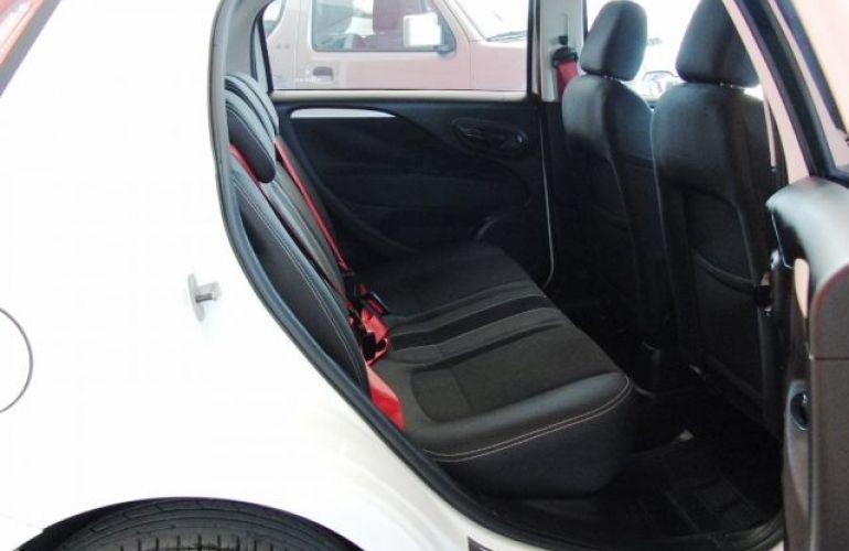Fiat Punto Sporting Dualogic 1.8 16V Flex - Foto #7