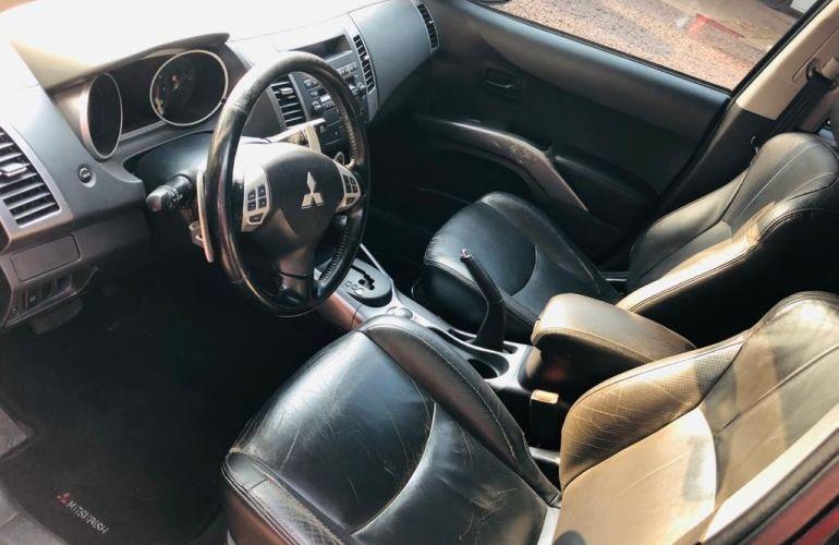 Mitsubishi Outlander 3.0 V6 - Foto #8