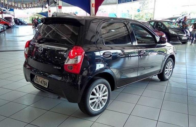 Toyota Etios XLS 1.5 16V Flex - Foto #3