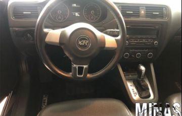 Volkswagen Jetta Trendline 2.0 Flex - Foto #4