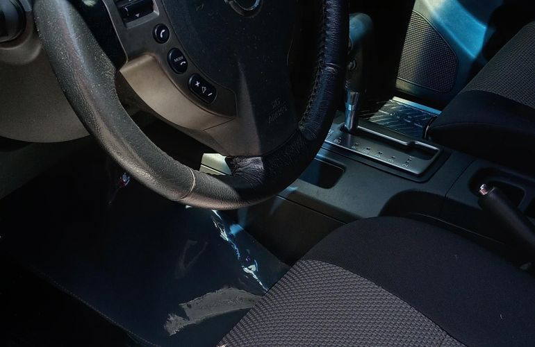 Nissan Frontier 2.5 TD CD SV Attack 4x4 (Aut) - Foto #9