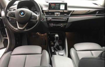 BMW X1 S 20i Active X Line 2.0 - Foto #8
