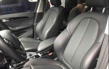 BMW X1 S 20i Active X Line 2.0 - Foto #9