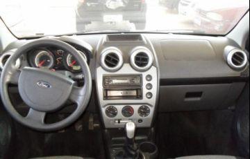 Ford Fiesta Sedan 1.6 MPI 8V Flex - Foto #6
