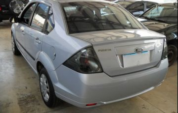 Ford Fiesta Sedan 1.6 MPI 8V Flex - Foto #8