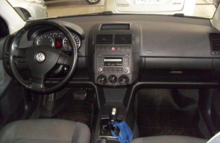 Volkswagen Polo Sedan I-Motion 1.6 Mi 8V Total Flex - Foto #6