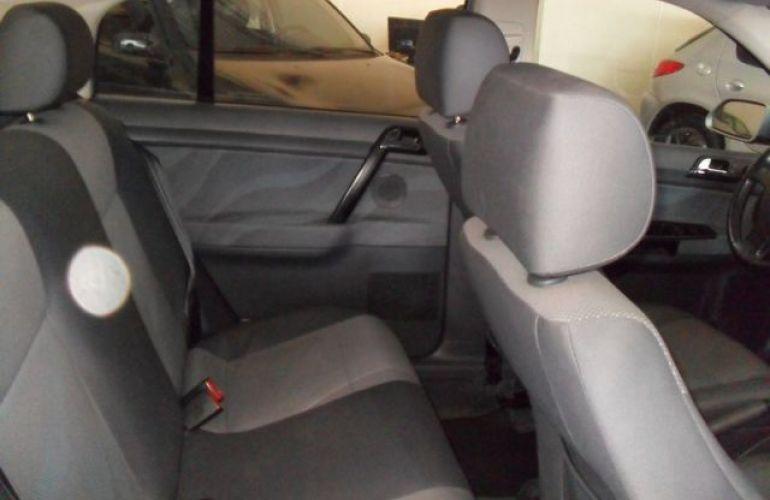 Volkswagen Polo Sedan I-Motion 1.6 Mi 8V Total Flex - Foto #7