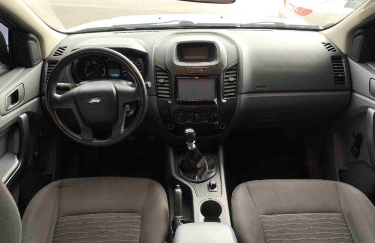Ford Ranger 2.2 XL CD 4x4 - Foto #7