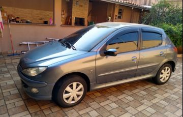 Peugeot 206 Hatch. Feline 1.6 16V (flex)
