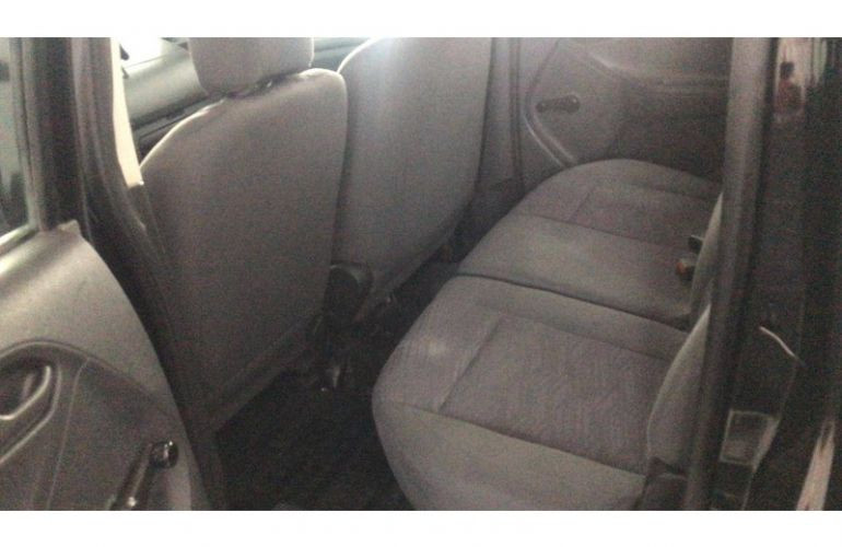 Chevrolet S10 2.8 CTDi 4x4 LS (Cab Dupla) - Foto #2