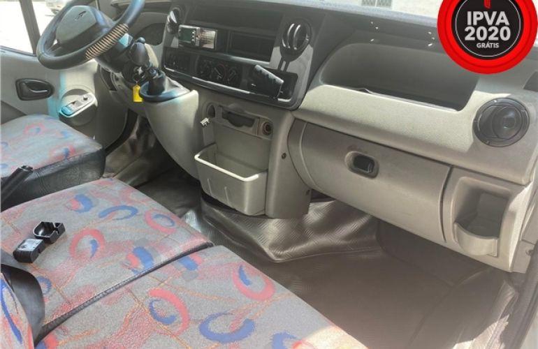 Renault Master 2.5 DCi Minibus L3h2 16 Lugares 16V Diesel 3p Manual - Foto #2