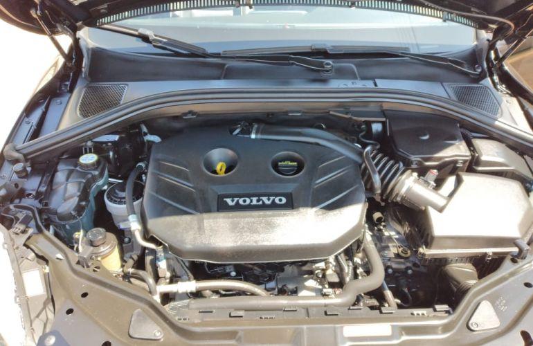 Volvo XC60 2.0 T5 R-Design PowerShift - Foto #7