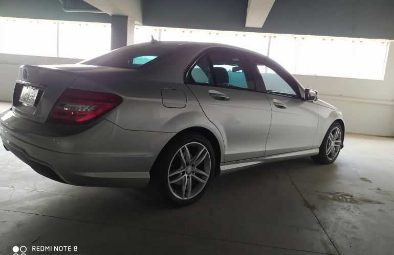 Mercedes-Benz C 180 1.6 CGI Turbo - Foto #5
