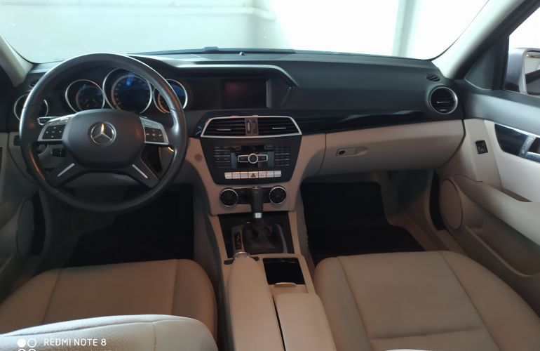 Mercedes-Benz C 180 1.6 CGI Turbo - Foto #6