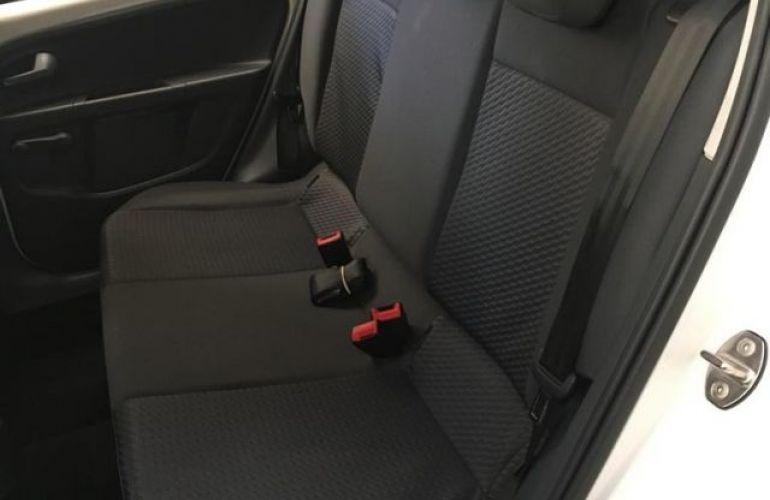 Volkswagen up! Move 1.0 TSI Total Flex - Foto #6