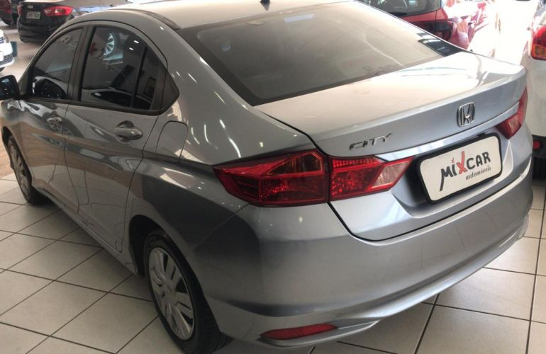 Honda City DX 1.5 (Flex) - Foto #5