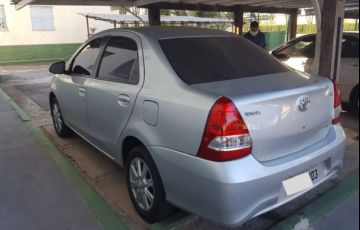Toyota Etios Sedan X Plus 1.5 (Flex)