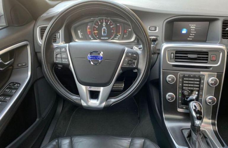 Volvo S60 T6 R-DESIGN 2.0 - Foto #6