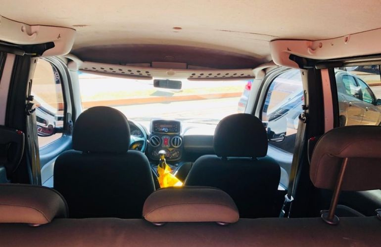 Fiat Doblò Adventure 1.8 8V (Flex) - Foto #10